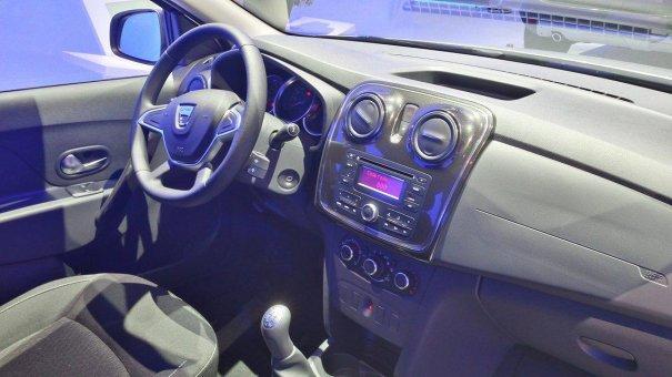 Dacia/Renault Logan y Sandero facelift (2017) 10