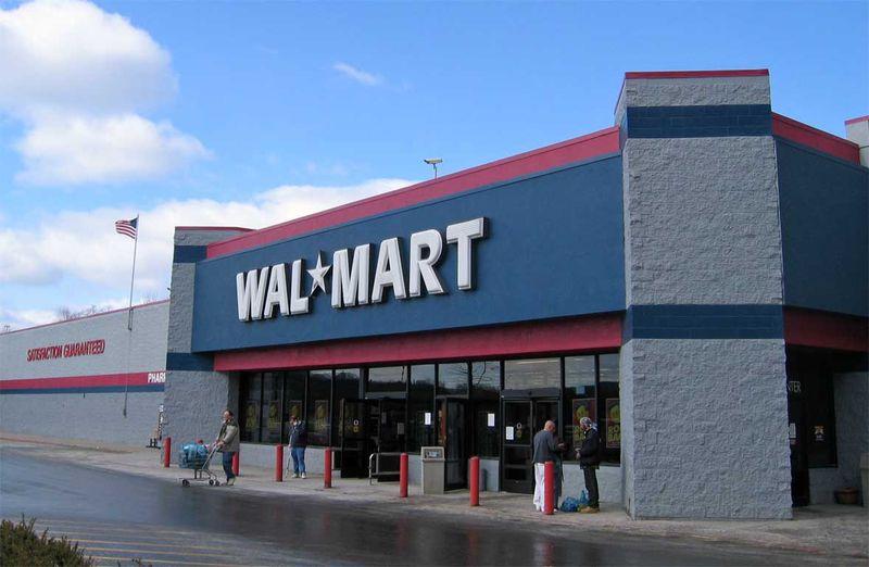Wal-Mart estimează furturi de 3 miliarde de dolari din magazinele sale în 2007