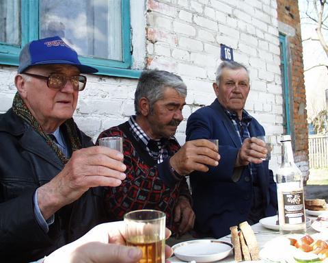 """OMS: Rusia, una dintre cele mai """"alcoolice ţări"""" din lume"""