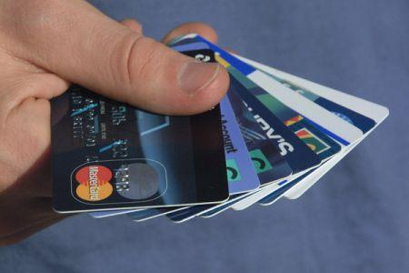 BCR are noi norme de creditare pentru persoanele fizice