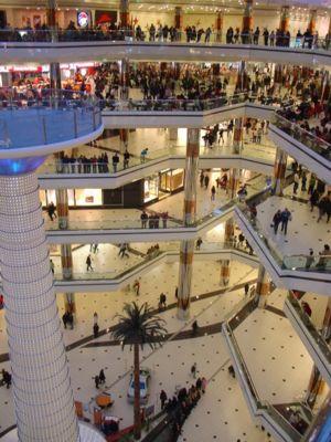 Un sfert din mall-urile din România, construite de companii din Israel