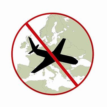 Comisia Europeană interzice zborurile indoneziene în UE