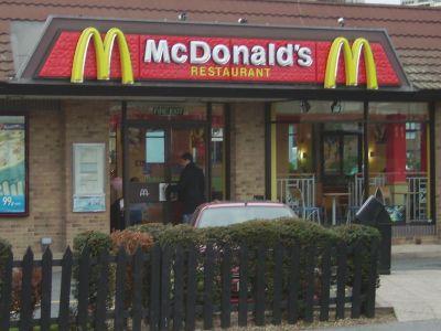 McDonald's, KFC şi Pizza Hut, poziţii bune în topul celor mai mari retaileri din Statele Unite