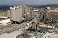 Holcim a finalizat construcţia unui terminal de ciment în Bucureşti
