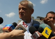 Lansarea lui Oprescu: atac la partidele politice