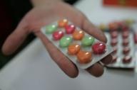 Guvernul ţinteşte o jumătate de miliard de lei din taxarea producătorilor de medicamente