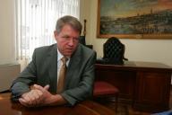 """UPDATE 4 Johannis: """"Sunt candidatul PNL, PSD, PC, UDMR şi al minorităţilor pentru postul de prim-ministru"""""""