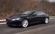 Cum rămâne un bancher român fără bani şi fără un Aston Martin luat în leasing