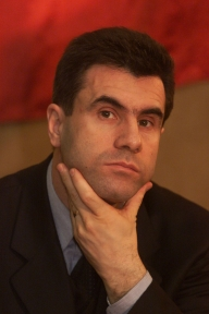 UPDATE: Croitoru vrea trei nume de PSD-işti pentru Ministerul de Interne