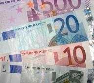 Euro a ajuns la 4,2930 lei