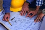 Românii au încredere în firmele autohtone pentru execuţia unor proiecte de infrastructură