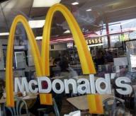 Profitul McDonald's creşte chiar dacă vânzările scad