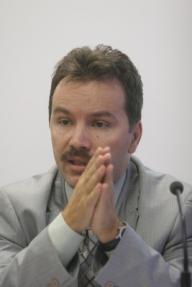 Cristian Vlădescu – ministrul propus al Sănătăţii