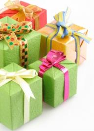 Americanii vor cheltui mai puţin pentru cadourile de Sărbători