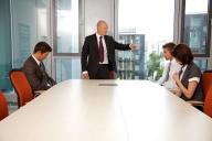 Ce riscă angajaţii după ce le pleacă şeful