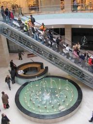 AFI Palace Cotroceni vizitat de 82.000 de bucureşteni la deschidere