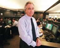 """Bernard Madoff, """"uimit"""" că frauda sa nu a fost descoperită mai devreme"""