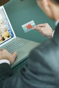 Facturi şi note de plată false transmise de un virus prin Internet!