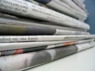 Veniturile din publicitate în presa americană continuă să scadă