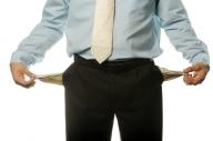 IMM-urile, lovite de instabilitatea politică şi criza economică