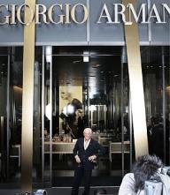 Producătorii de lux mizează pe vânzările online