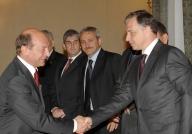Joi seară, dezbaterea Băsescu-Geoană