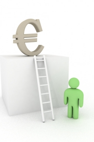 Soluție pentru absorbția fondurilor europene: dublarea salariilor specialiștilor din Autoritățile de Management!