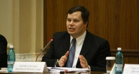 Sindicatele vor solicita FMI o suplimentare cu trei miliarde de euro a acordului cu România