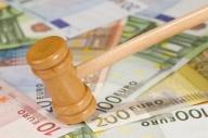 Un director de la Credit Europe Bank a fost reţinut
