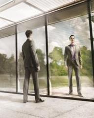 Consultanţă financiară personalizată prin serviciul Premium Banking de la Raiffeisen Bank