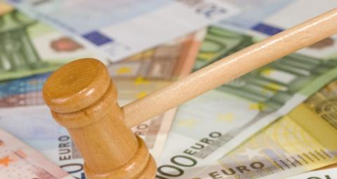 Administratorii de pensii private s-au înţeles să încalce legea