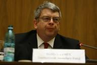Lybek, FMI: Salariile bugetarilor au fost reduse la nivelul din 2005