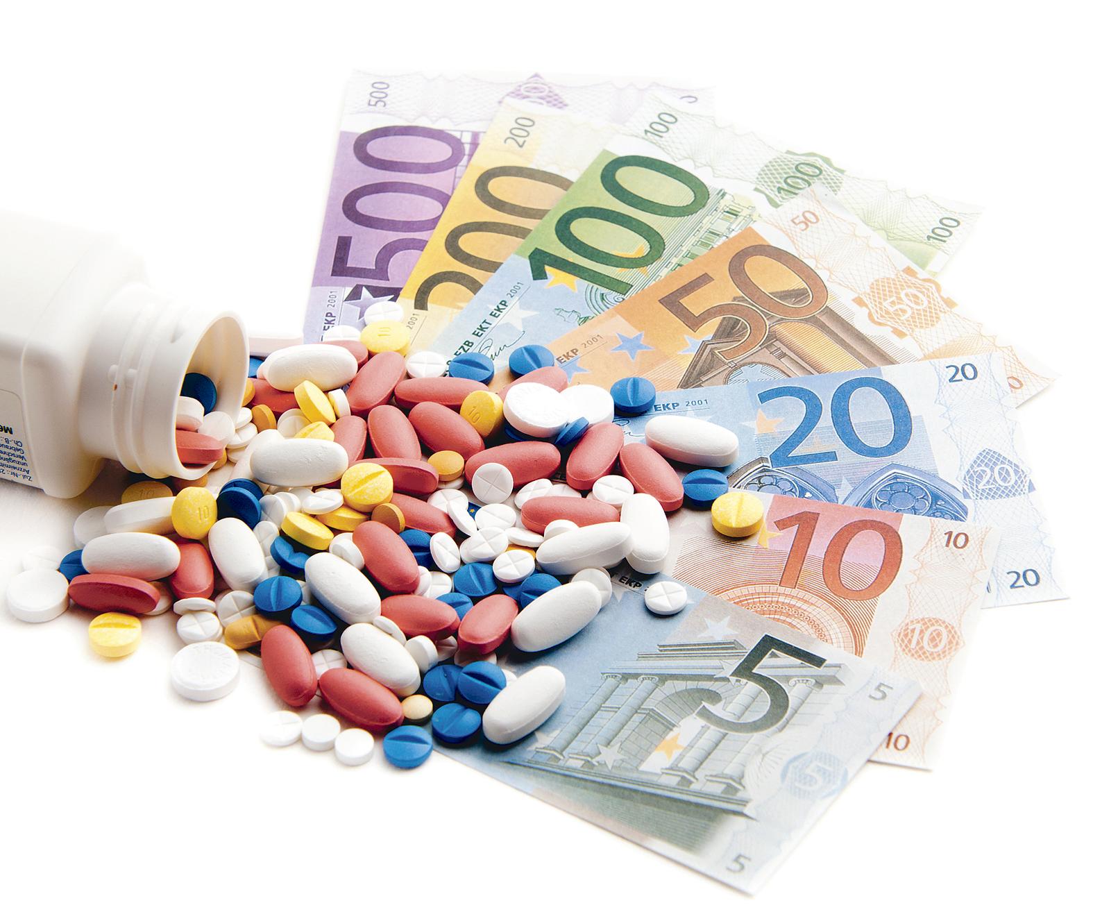 """Prima  companie farmaceutică care """"scoate la lumină"""" studiile clinice"""