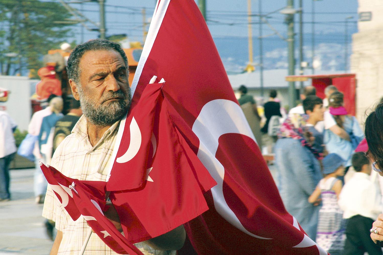 Pericol. Investitorii sunt speriaţi de criza politică din Turcia