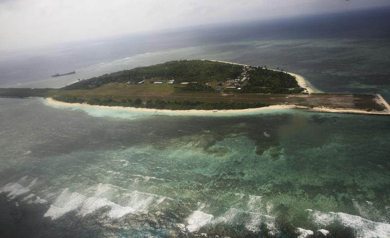 Disputa asupra petrolului ia amploare: Ultimatum pentru Filipine din partea unui general chinez