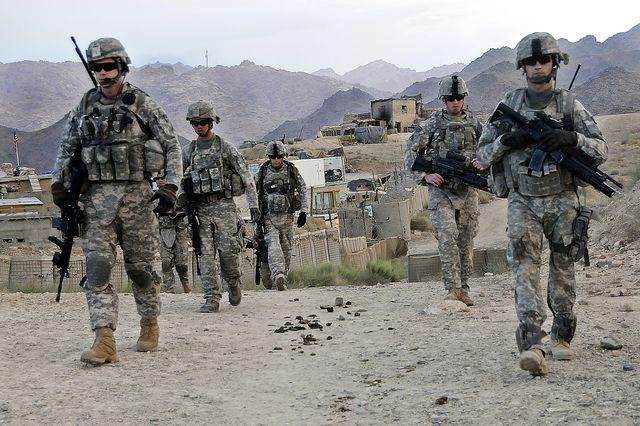 SUA intenţionează să menţină 10.000 de militari în Afganistan timp de doi ani după 2014