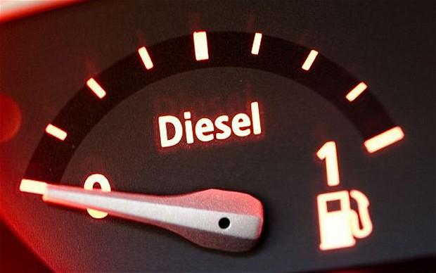 România trece pe diesel: 2013, anul în care numărul maşinilor pe motorină a crescut cel mai mult