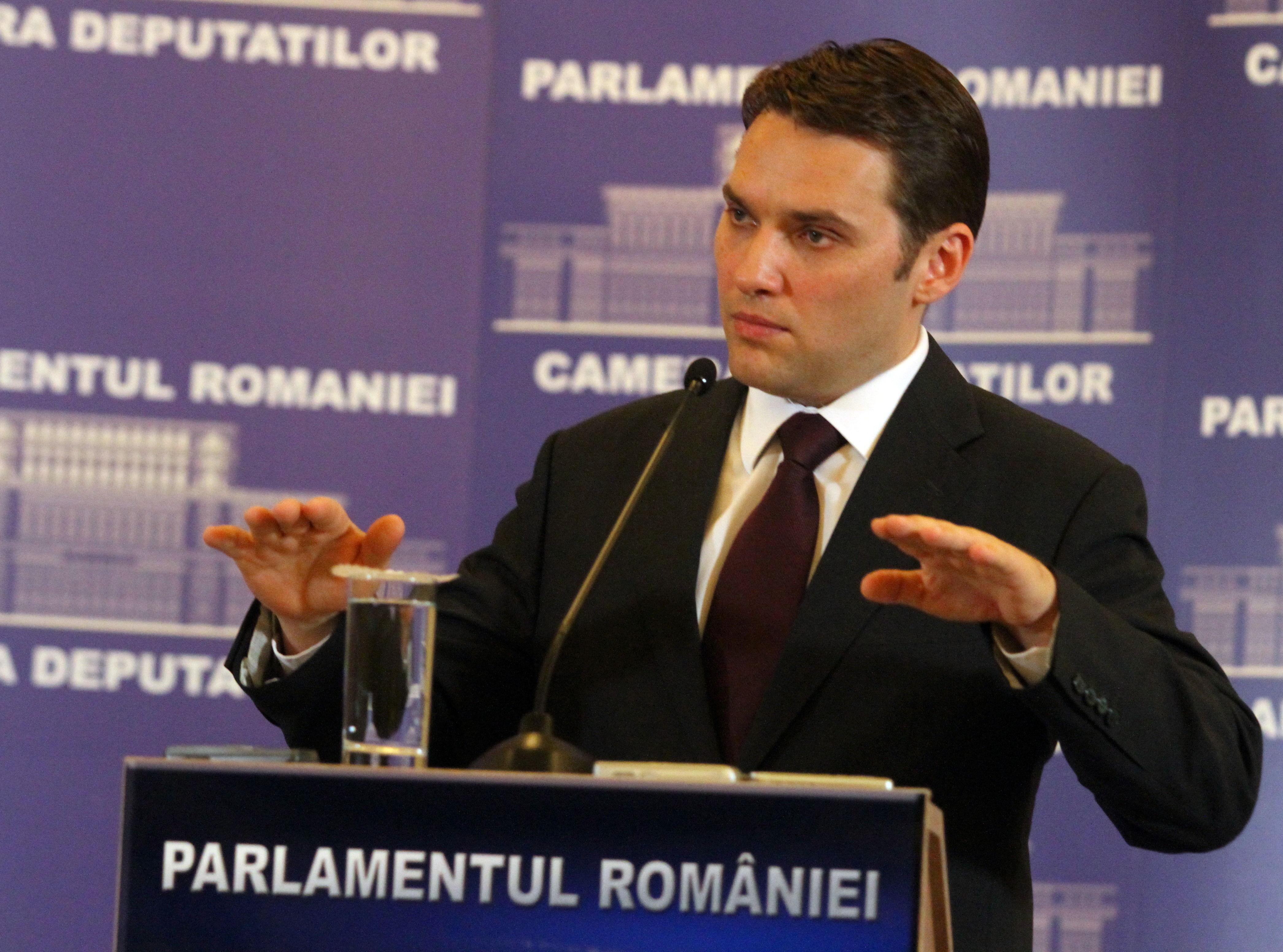 Şova: Statul va plăti lunar constructorului autostrăzii Comarnic-Braşov maximum 52.000 de euro/kilometru, din 2017