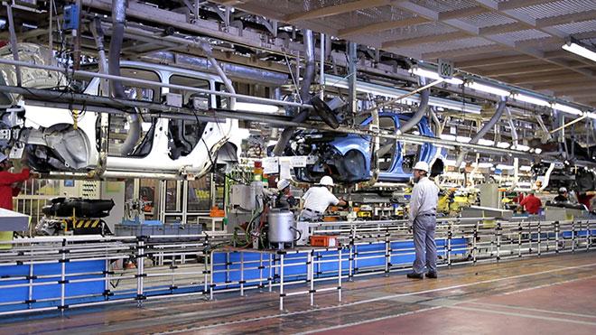 Alianţa Renault-Nissan – locul patru în topul producătorilor auto globali, în 2013