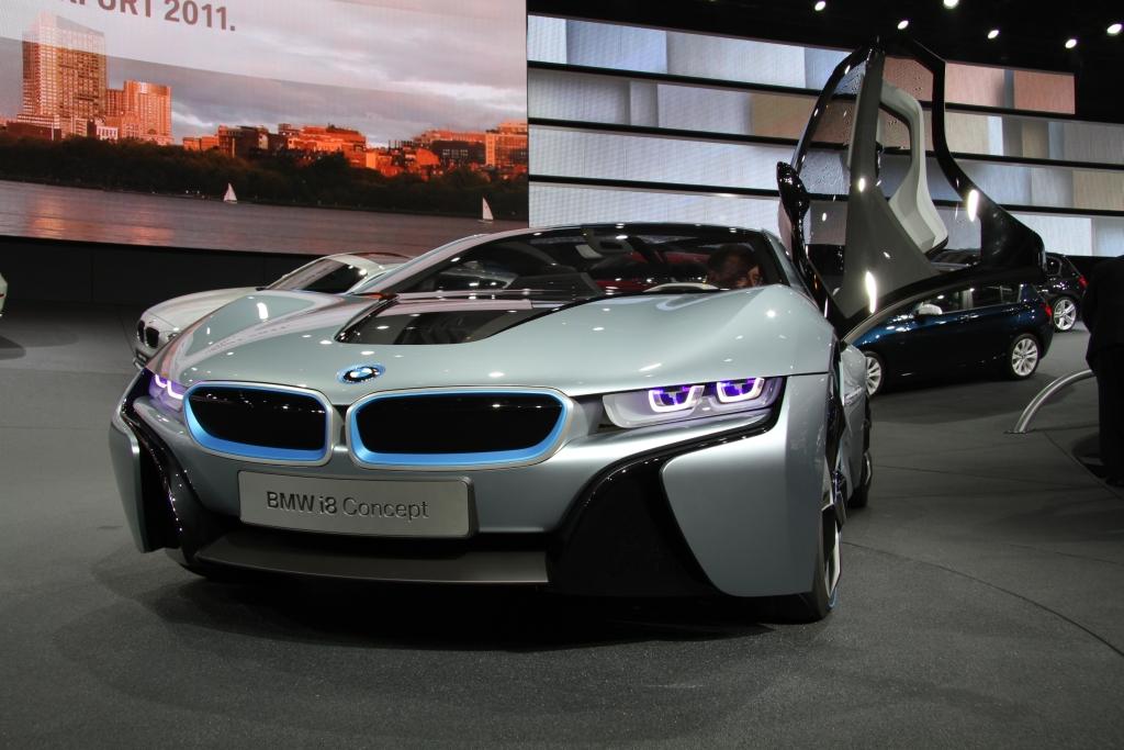 Primul accident cu BMW i8