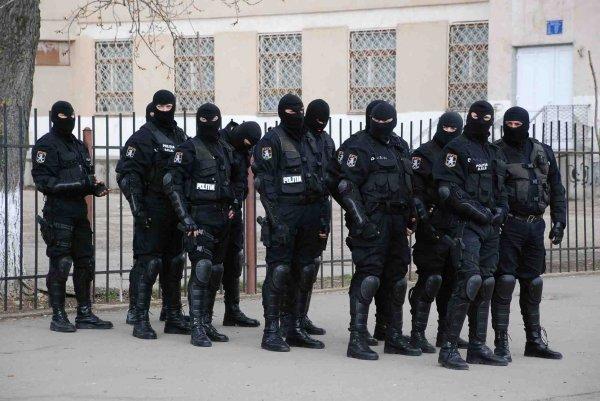 ȘOC TOTAL după moartea lui Emi PIAN! S-a anunțat război între interlopi! Mascații, mobilizare masivă chiar acum în București