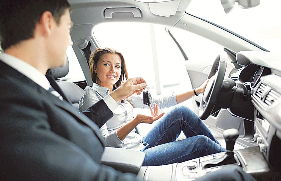 """Vești bune pentru români! S-a modificat """"Prima Mașină"""". Ce autoturisme pot cumpăra"""