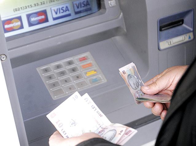 Lovitură cruntă pentru cei care au cont la bancă. Ți se vor bloca banii pe loc