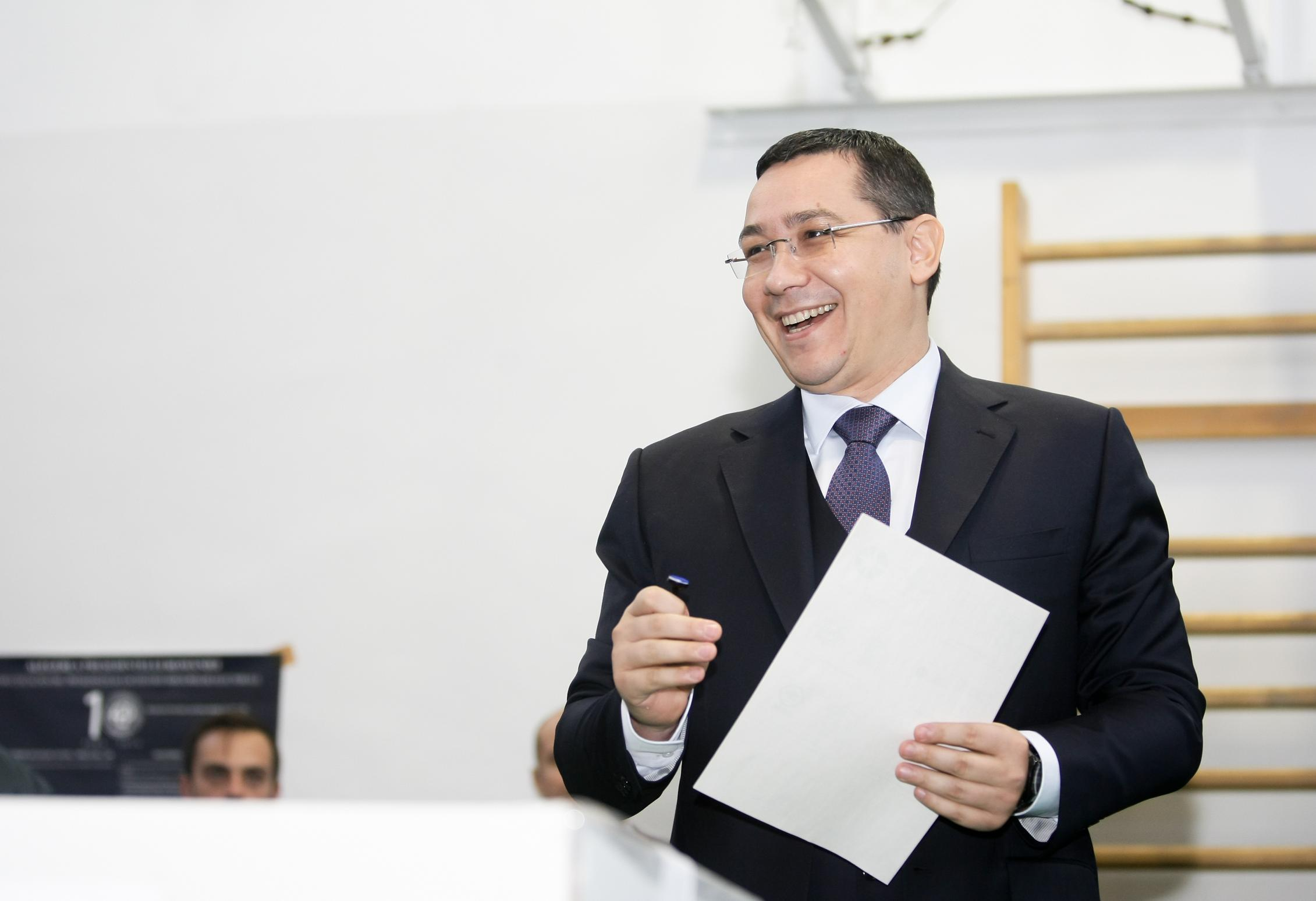 Ponta: Avem nevoie de cardul de sănătate şi de combaterea risipei şi fraudei din sistemul sanitar