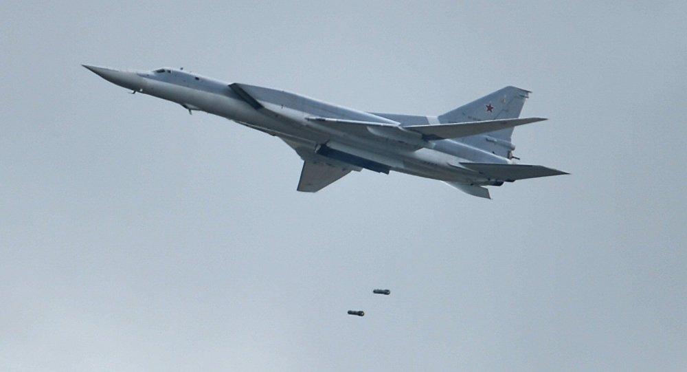 Rușii au adus bombardierele nucleare în Crimeea. Ce trebuie să facă România