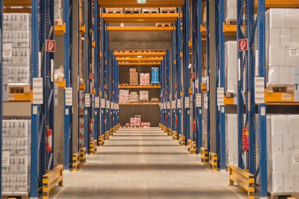 Cargo-partner: conexiuni eficiente și centralizate, în transportul și logistica pieselor de schimb