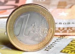 Se schimbă banii! Când va trece România la moneda euro