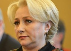 Viorica Dăncilă, probleme în deplasare! Premierul a fost huiduit şi a renunţat la discurs