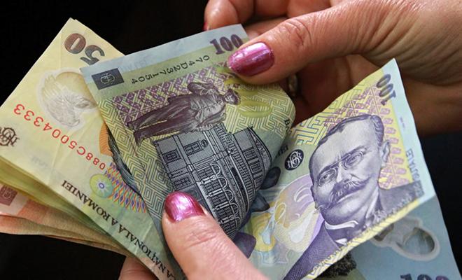 Scandalos! Cine sunt pensionarii de lux din România. Lunar, încasează câte o mică avere