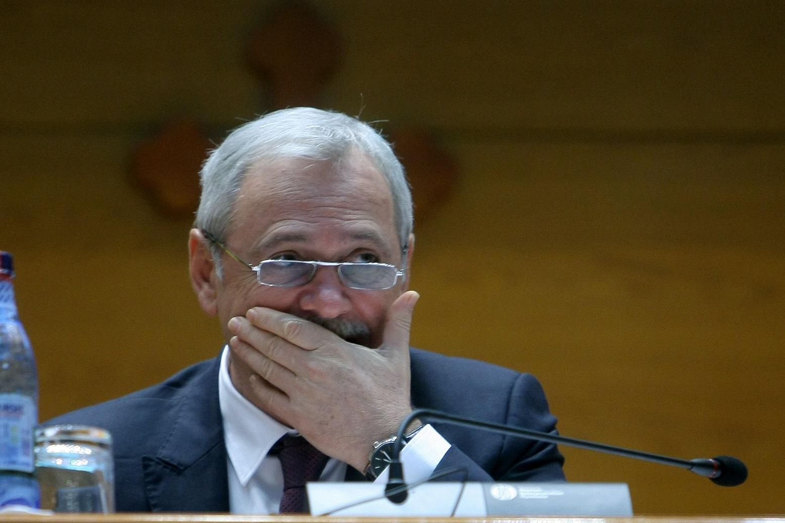 Planul ascuns al lui Dragnea a fost devoalat. Cum vrea PSD să-l distrugă pe Iohannis.
